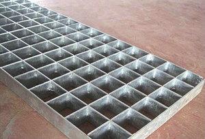 锯齿钢格板